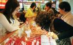 investors set to enjoy markets golden touch
