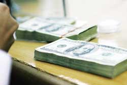 banks put pressure on swap frameworks