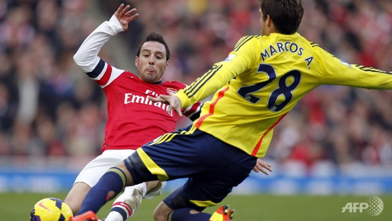 Arsenal, Man City stay on Chelsea's tail