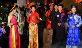 selecting ceremonial costumes is long gown fit for a male