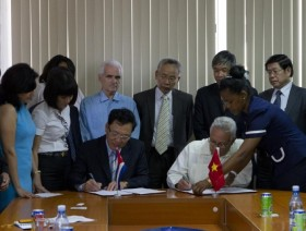 vietnam cuba strengthen educational co operation