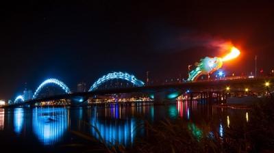 Da Nang's Dragon Bridge wins prestigious engineering award