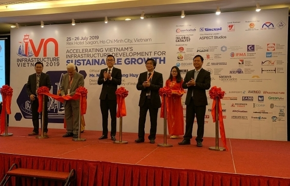 vietnam attracts foreign investment into infrastructure development