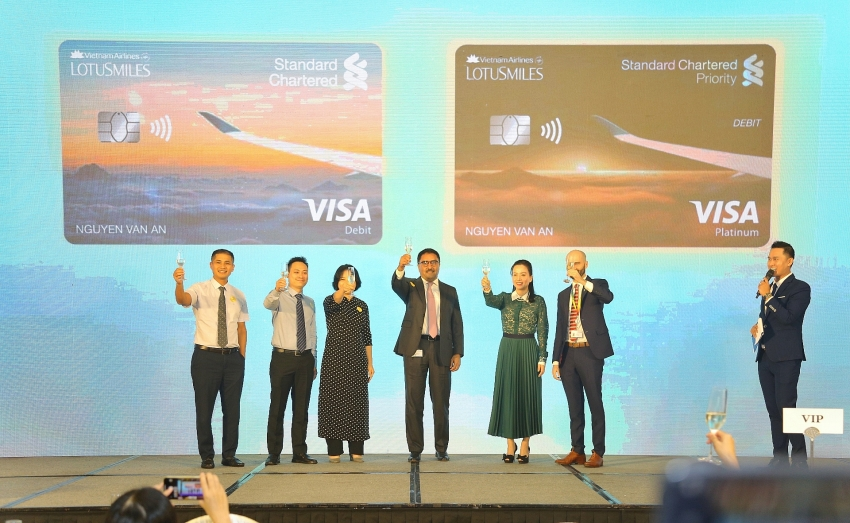 standard chartered vietnam and vietnam airlines launch air mile reward bank account