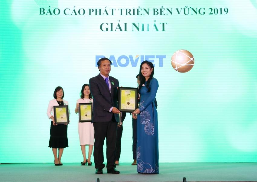 vietnam listed company awards 2019 honours 34 winners