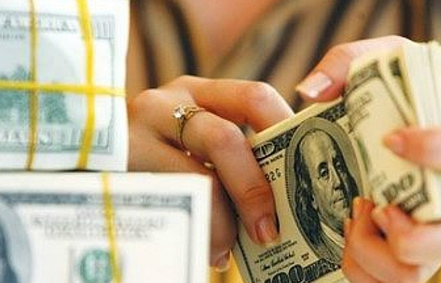 vietnams foreign reserves hit largest scale ever