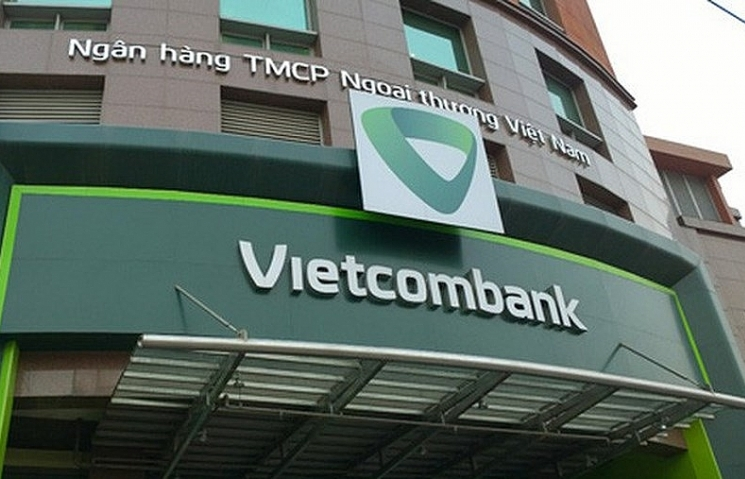 vietcombank adjusts service charges yet again