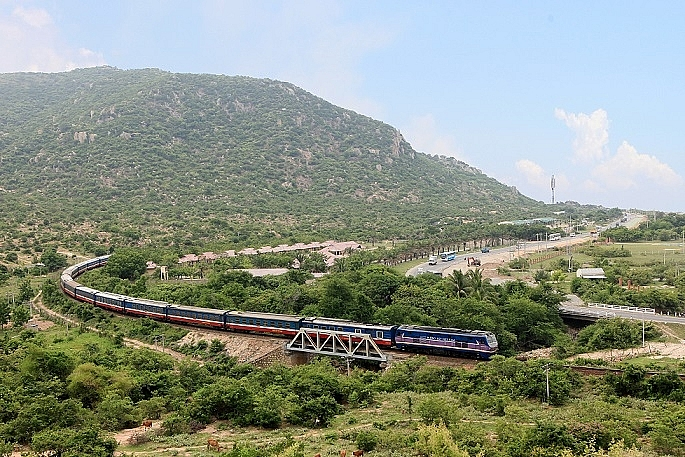 vietnam railways operates hanoi beijing train from january