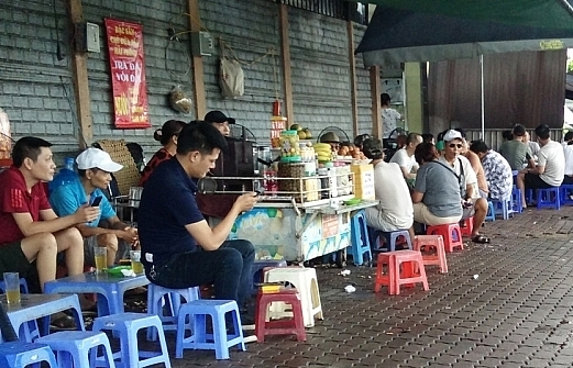 vietnamese cities close public venues over covid 19 resurgence