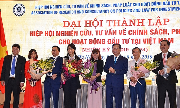 new association for investment consultancy in vietnam debuts