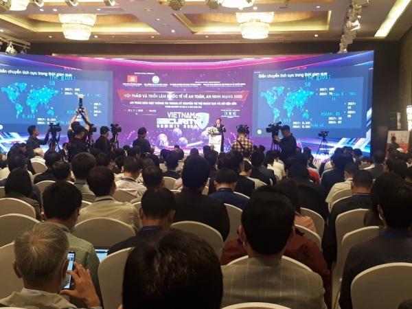 vietnam urged to ensure cybersecurity in digital transformation