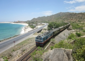 vietnam railways and vinachem sign new co operation agreement for 2020