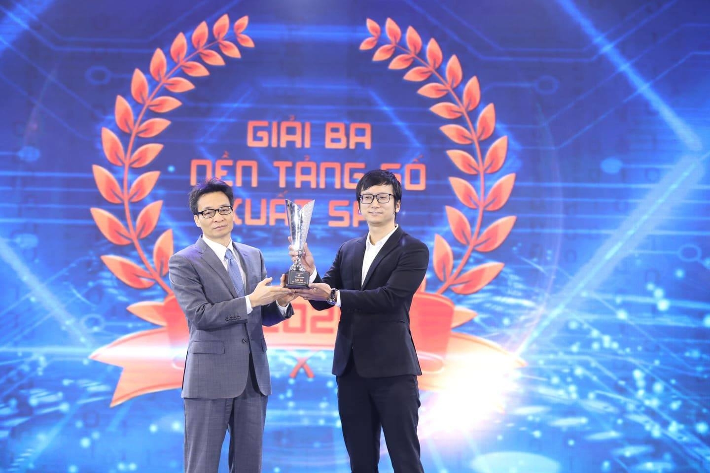made by fpt digital platforms win make in vietnam digital award 2020