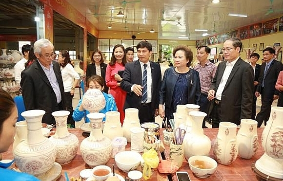 chu dau ceramic preserving quintessence of vietnamese culture