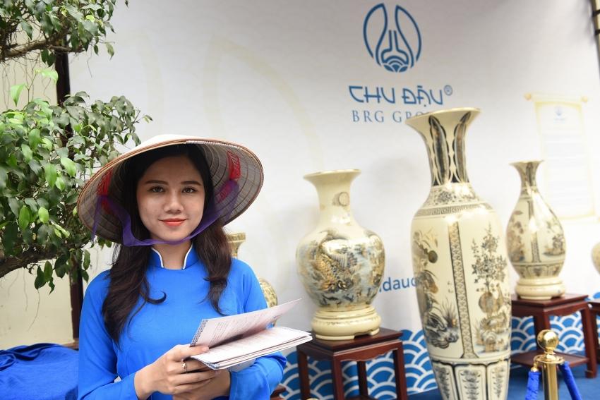 chu dau ceramic preserving quintessence of vietnamese culture