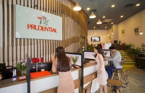 prudential is called to separate into two companies