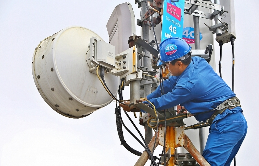 pm urges simpler procedures for auction of 4g band