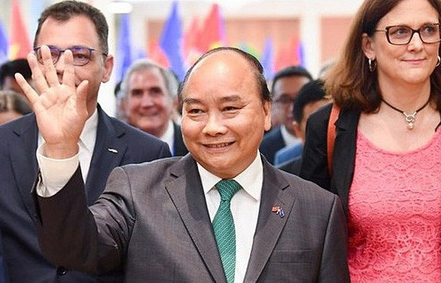 prime minister nguyen xuan phuc attended the evfta signing ceremony