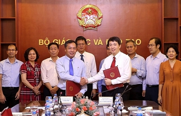 moets international co operation department and vir sign co operation