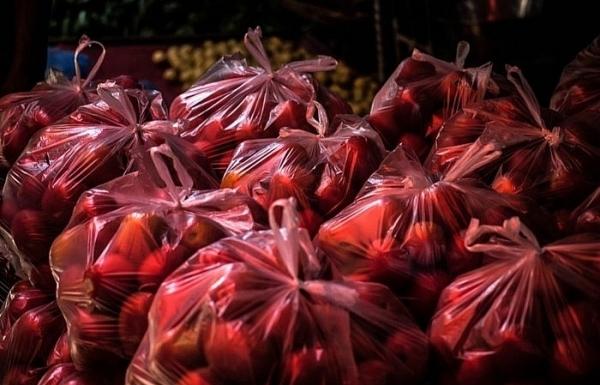 vietnams plastics use in saddening pictures