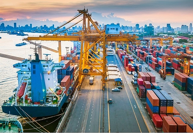 vietnam becomes high light of asean in trade growth