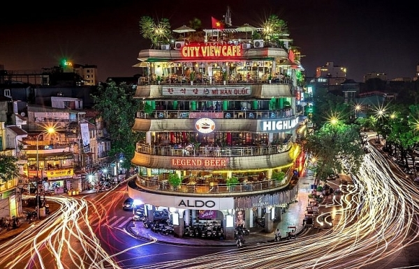 race to seize vietnamese smart lighting market