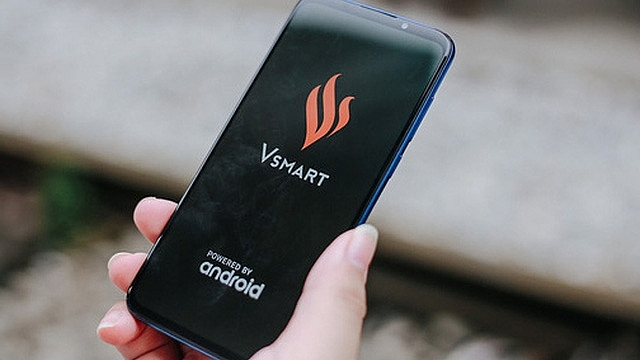 vsmart tests vmessage and vcall instant messaging features