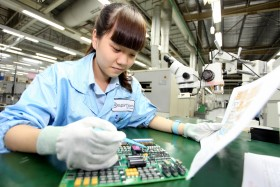"Moody's revises Vietnam outlook as ""positive"""