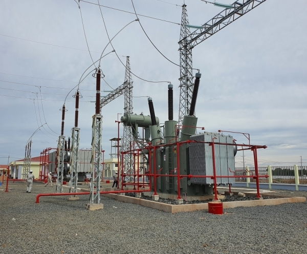 hitachi abb power grids expands transformer manufacturing in vietnam