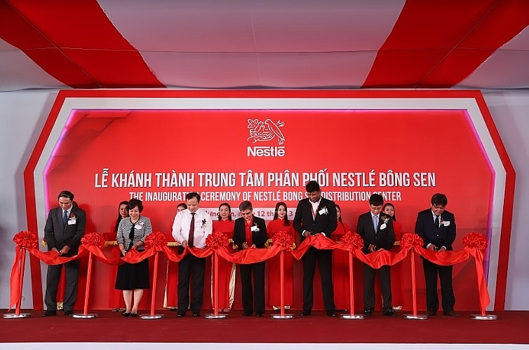 nestle vietnam launches cutting edge distribution centre in hung yen
