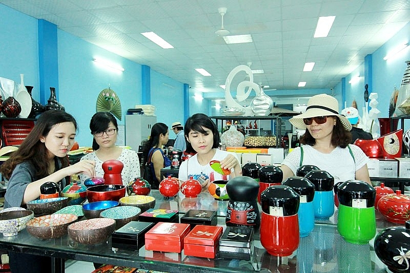 hanoi tourism new application to revive craft village appeal
