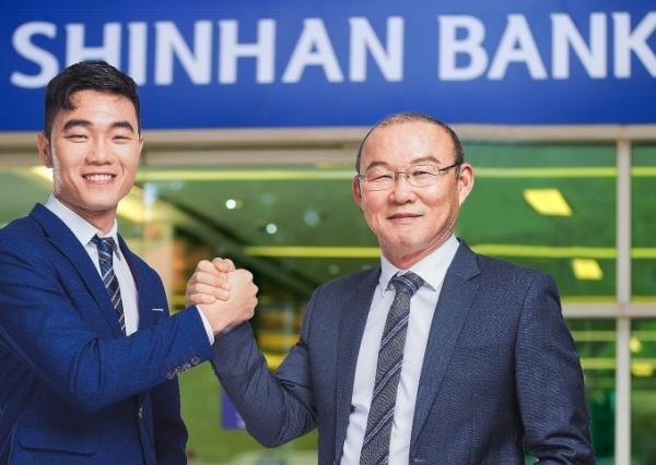 shinhan bank vietnam announces 2018 brand ambassadors