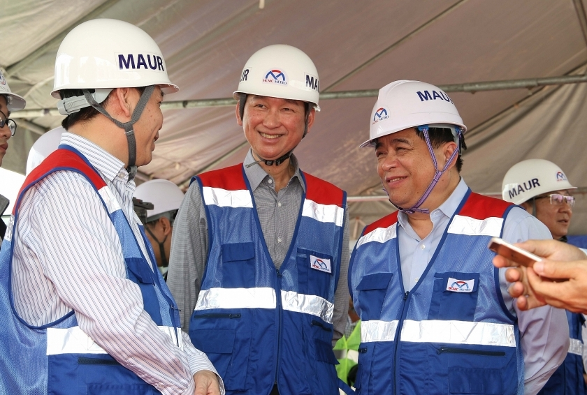 pm phuc visits ben thanh suoi tien metro line no1