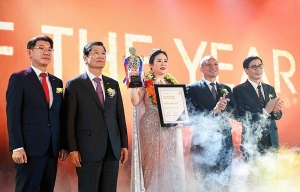 hanwha life vietnam pledges long time commitment to vietnam on its 10th anniversary