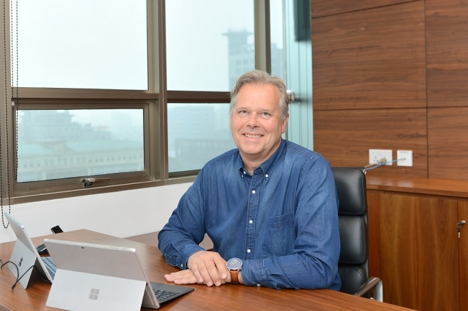 Matthys van der Lely officially in charge of Masan meat business