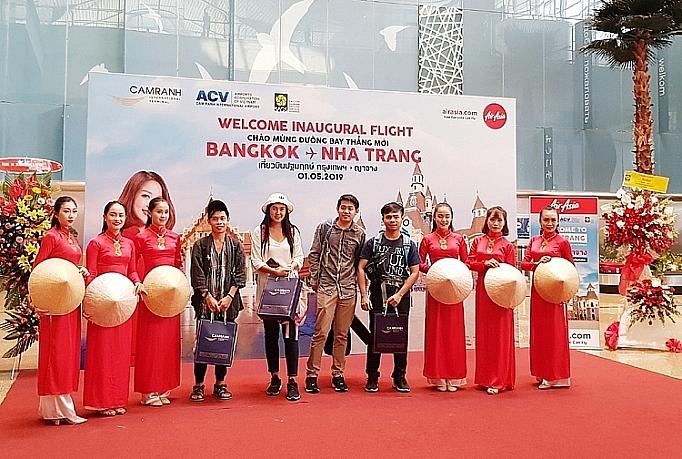airasia launches direct flight between cam ranh and bangkok