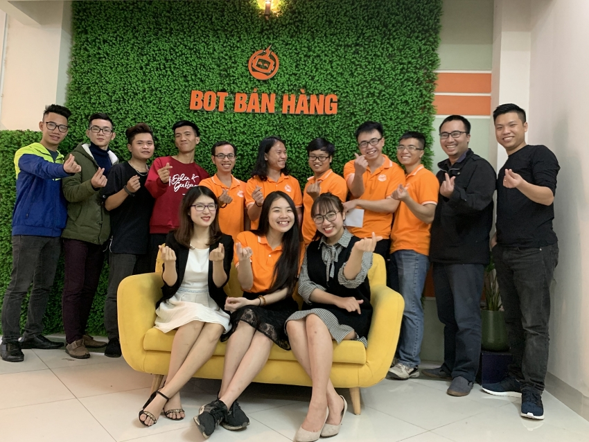 chatbot vietnam thinking big despite humble format
