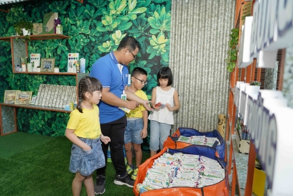 school recycling programme on track with expansion plan