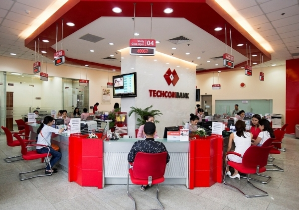 techcombank champions 15 consecutive quarters of revenue growth