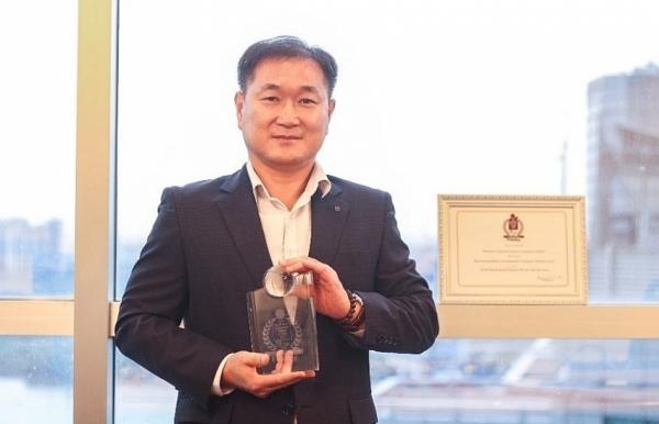 shinhan finance named best sustainability development company vietnam 2020