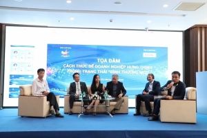 seminar sharing experience with businesses to recover during crisis