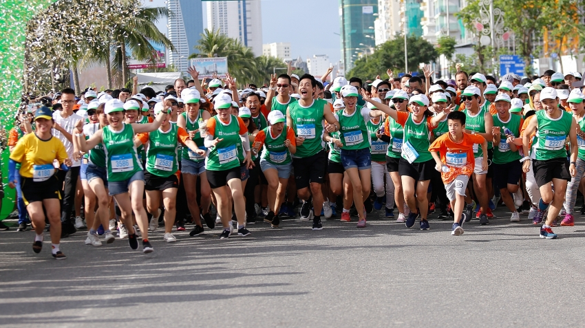 manulife continues to inspire active and healthy living in vietnam