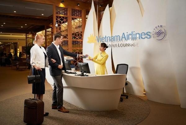 vietnam airlines opens lotus lounge at danang international airport