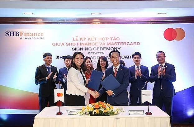shb finance co operates with mastercard to issue international credit cards