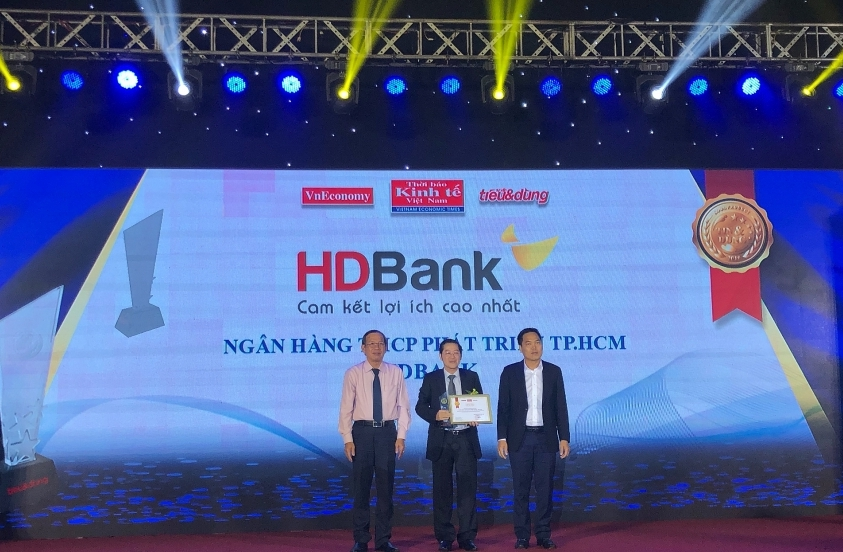 hdbank dons the crown for the best bank for green credit once again