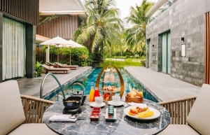 villa seclusion experience at intercontinental phu quoc long beach