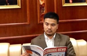 international press lauds billionaire of vietnamese origin