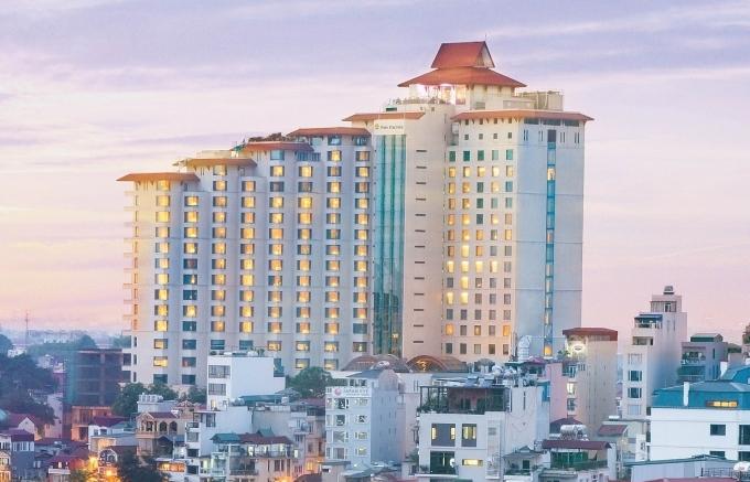 pan pacific hanoi wins 2021 tripadvisor travellers choice award