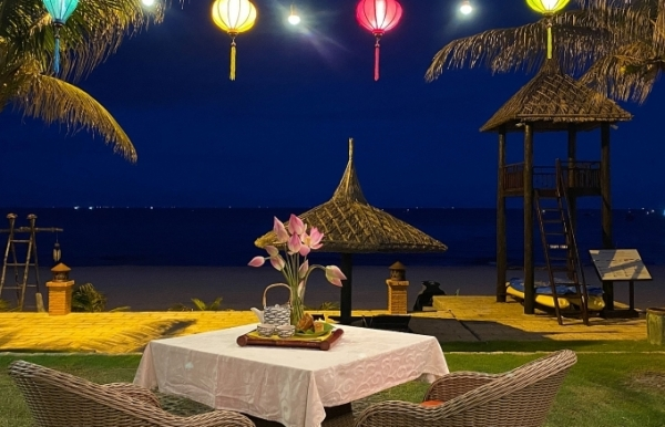 lets celebrate mid autumn festival at pandanus resort