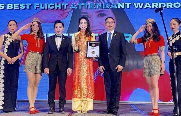 vietjet was honoured with asias best flight attendant wardrobe 2018